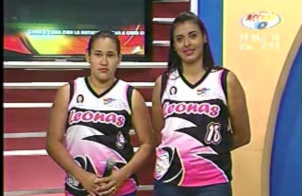 Jugadoras de 'Las Leonas' se pelean el primer puesto en el baloncesto