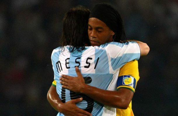 Ronaldinho sobre Messi: «Voy a estar siempre con él»