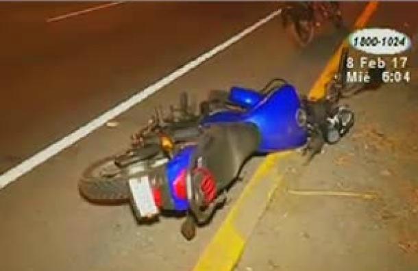 Indigente de 65 años es impactado por una motocicleta