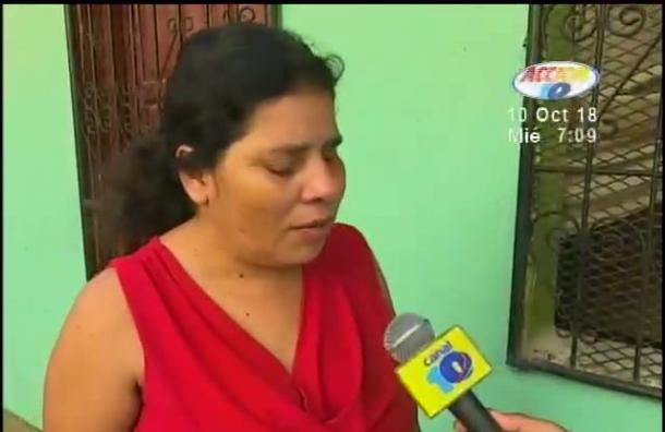Señora no vidente denuncia la detención de su hijo de 17 años
