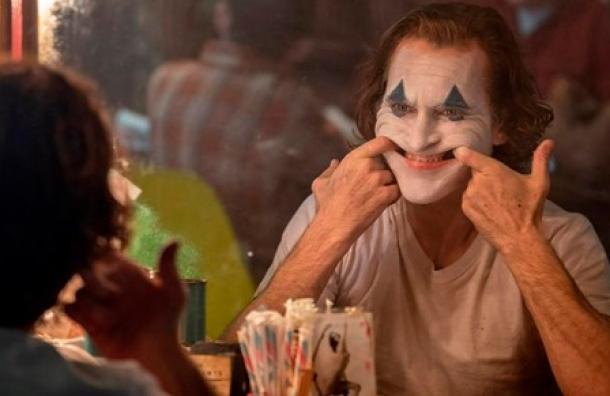 Incontinencia afectiva: Conoce de qué trata el trastorno que padece 'The Joker'