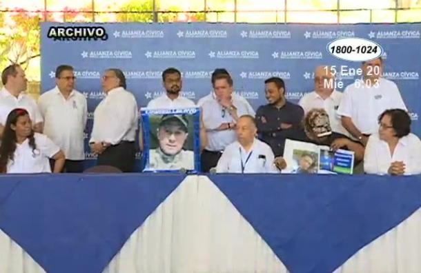 Miembros de Alianza Cívica y UNAB se reunieron fuera de Nicaragua