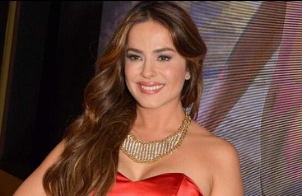 La actriz Danna García da positivo al Covid-19 por tercera vez