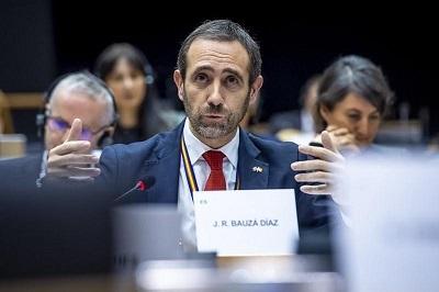 Euro diputado dice estar recibiendo amenazas de muerte en redes sociales