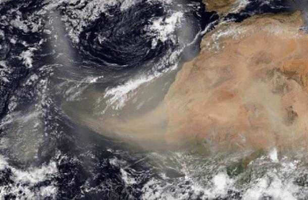 Meteorólogo advierte de presencia de nube de polvo proveniente del Sahara