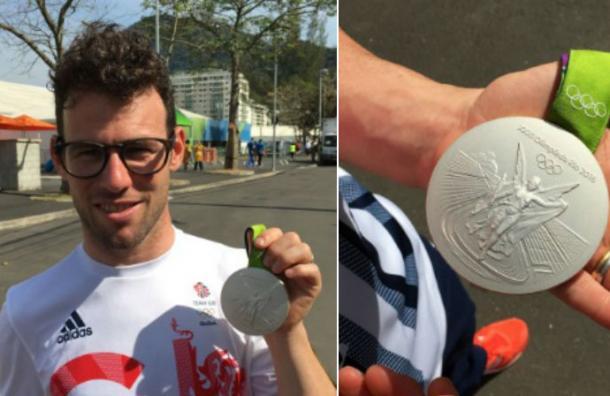 Ganó una medalla tras cruzar su bicicleta y provocar choque múltiple en la pista